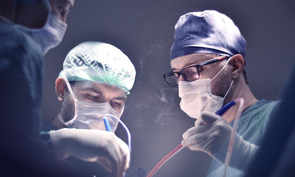 Robotik Diz Ameliyatı Kimler İçin Uygun?